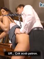 Sabah İş Başına Sekretere Arkadan Sokup Başladı