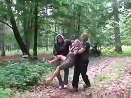 Orman Kaçkınları Genç Kıza Saldırdı